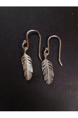 Indianischer Silberohrring Federn klein